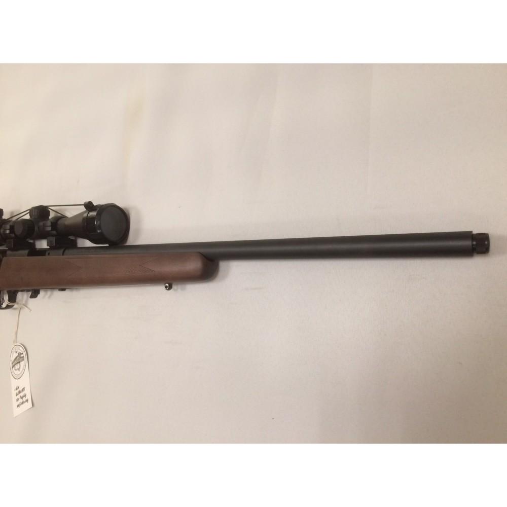 Savage 93 .17 HMR m/kikkert og lyddæmper-00